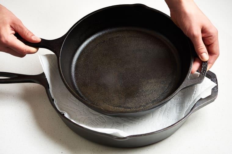 сковорода чугунная уход